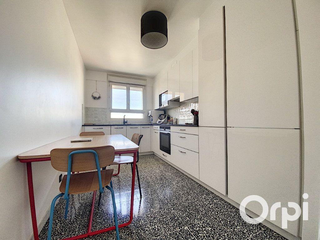 Appartement à vendre 6 137.26m2 à Vanves vignette-5
