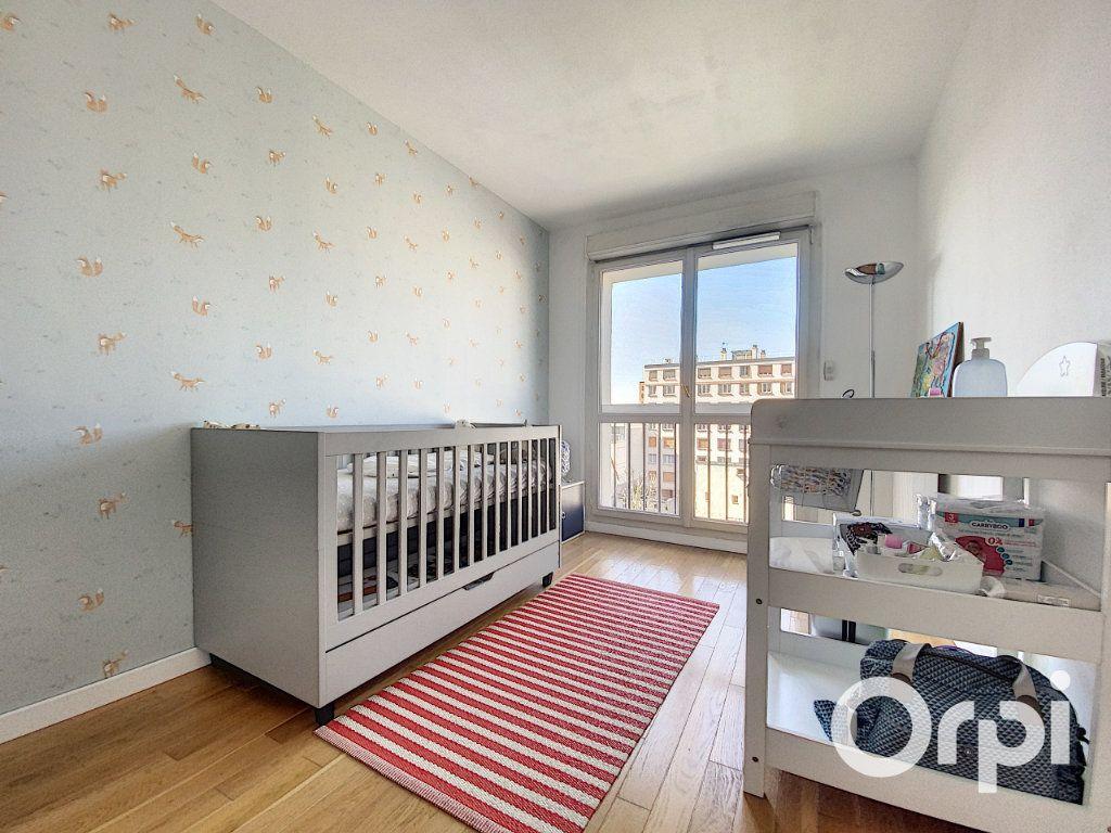 Appartement à vendre 6 137.26m2 à Vanves vignette-8