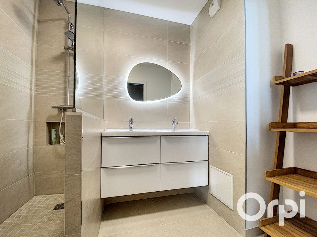 Appartement à vendre 6 137.26m2 à Vanves vignette-10