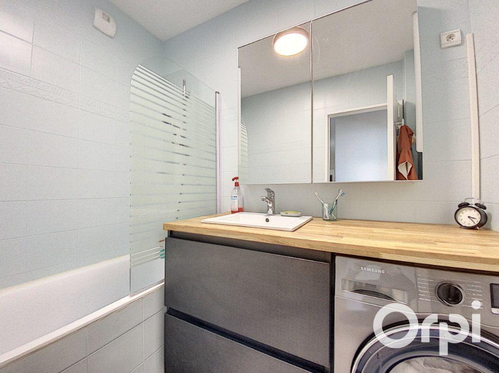 Appartement à vendre 6 137.26m2 à Vanves vignette-11