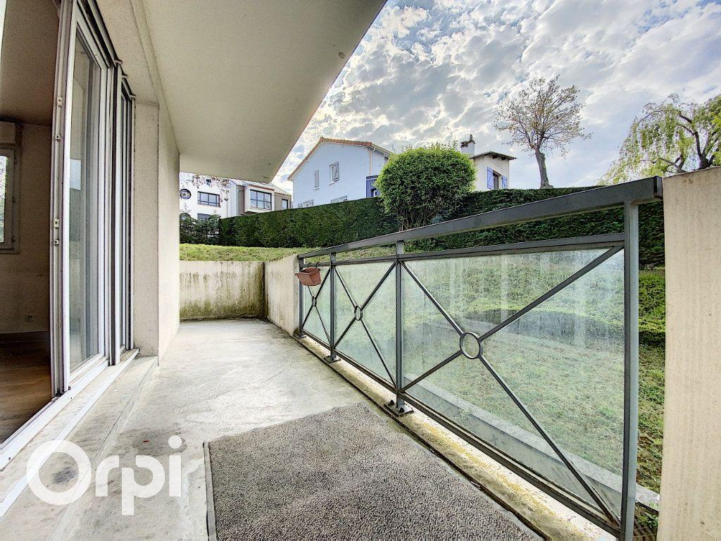 Appartement à vendre 4 86.62m2 à Châtillon vignette-1