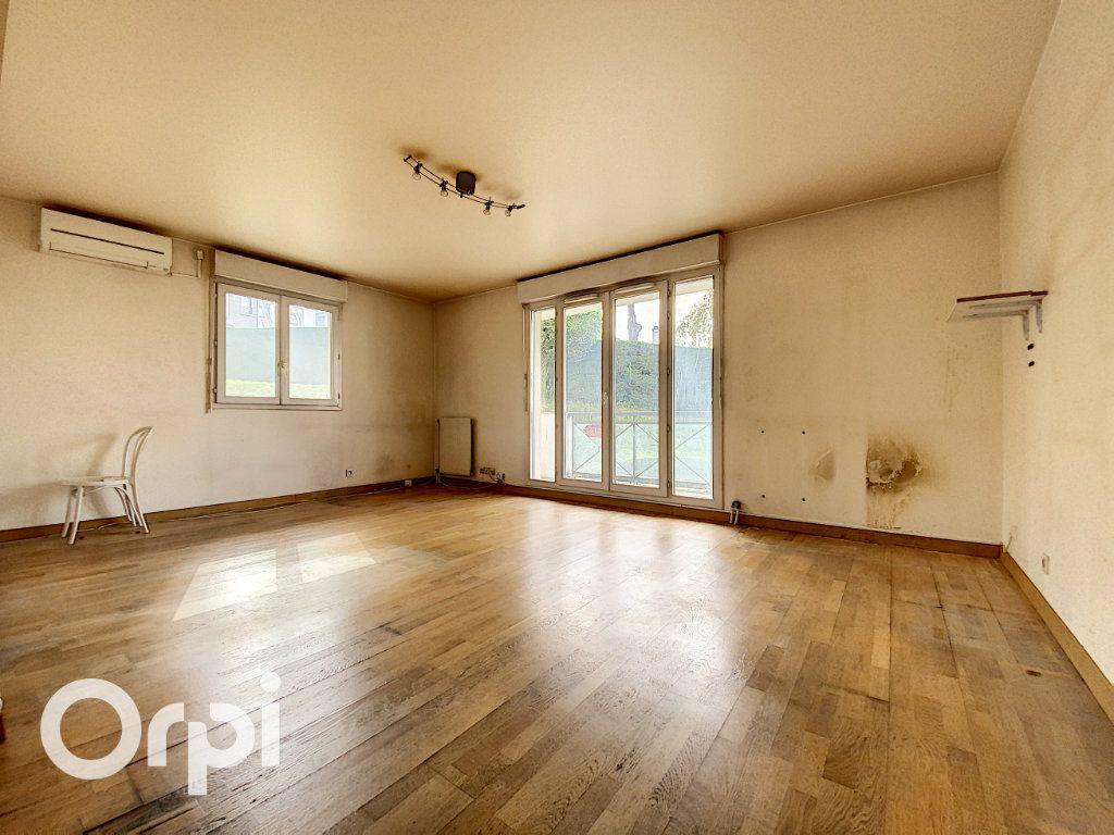 Appartement à vendre 4 86.62m2 à Châtillon vignette-3