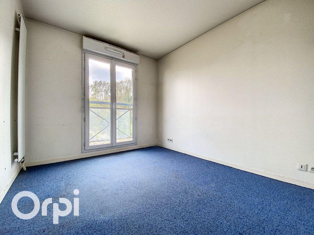 Appartement à vendre 4 86.62m2 à Châtillon vignette-5