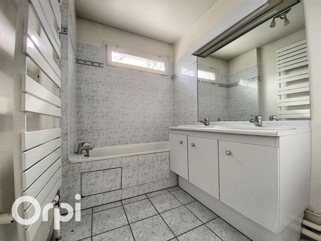 Appartement à vendre 4 86.62m2 à Châtillon vignette-6