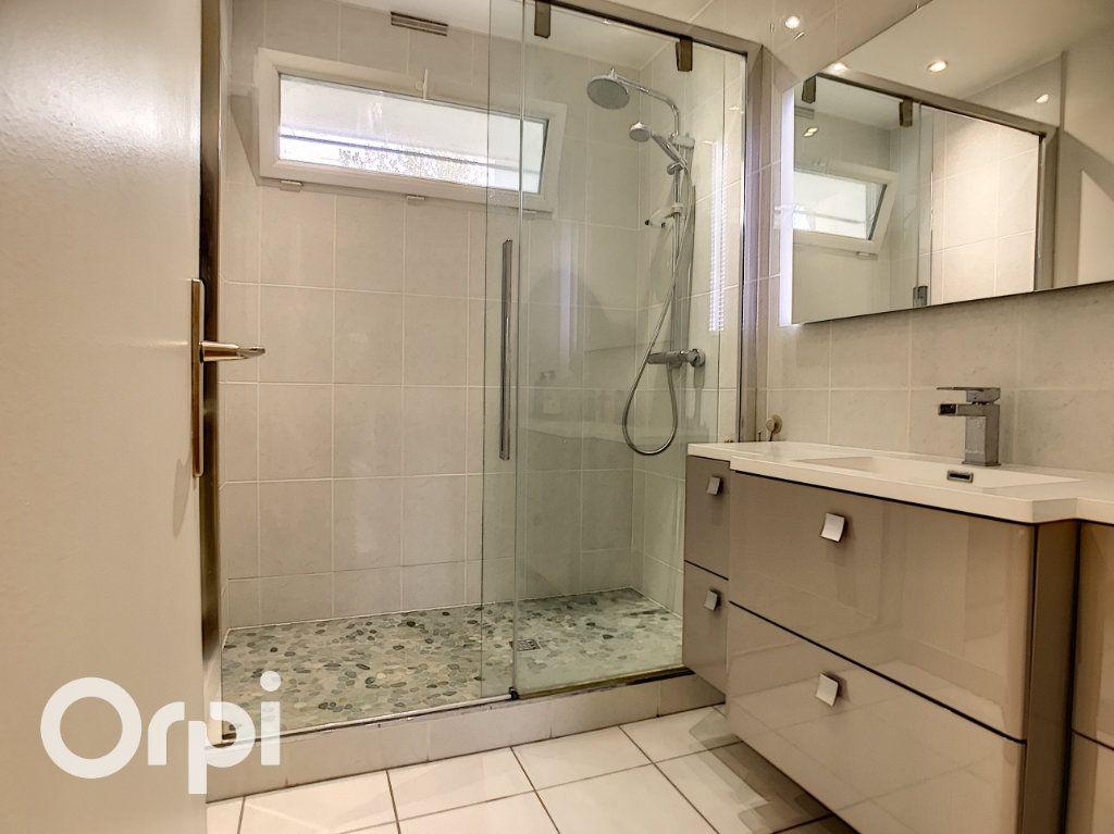 Appartement à vendre 3 64.55m2 à Châtillon vignette-3