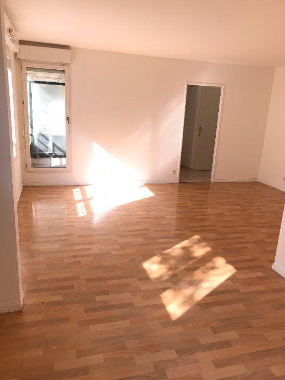 Appartement à louer 2 52.48m2 à Châtillon vignette-1