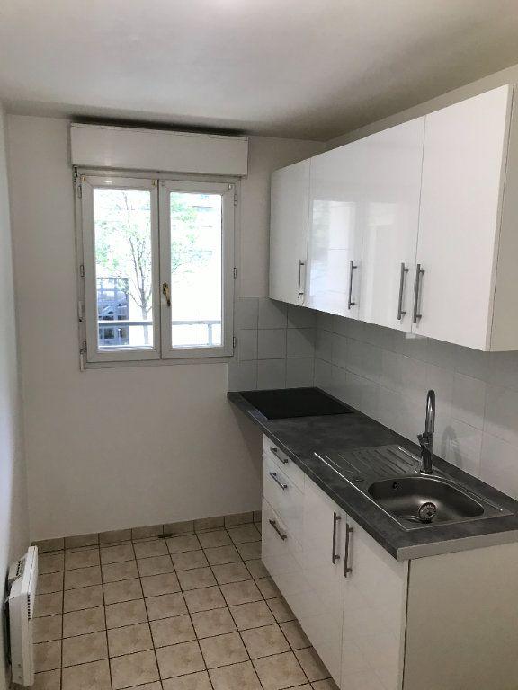 Appartement à louer 2 52.48m2 à Châtillon vignette-8