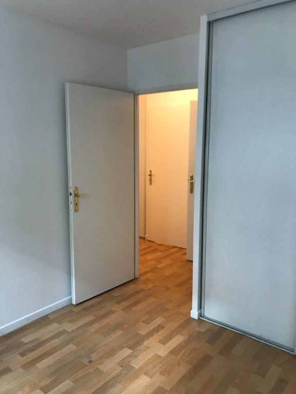 Appartement à louer 2 52.48m2 à Châtillon vignette-11