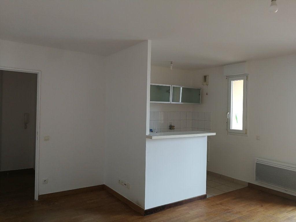 Appartement à louer 2 48.3m2 à Châtillon vignette-4