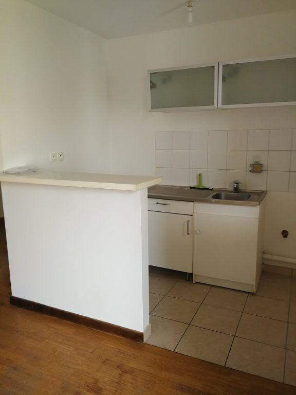 Appartement à louer 2 48.3m2 à Châtillon vignette-5