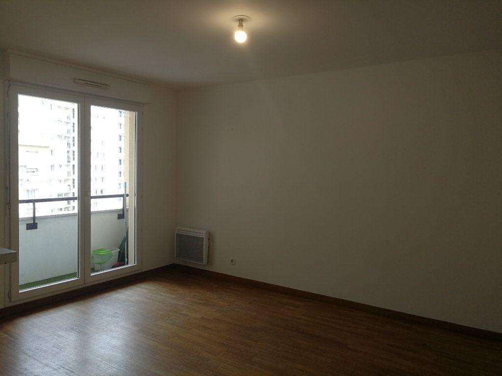 Appartement à louer 2 48.3m2 à Châtillon vignette-6