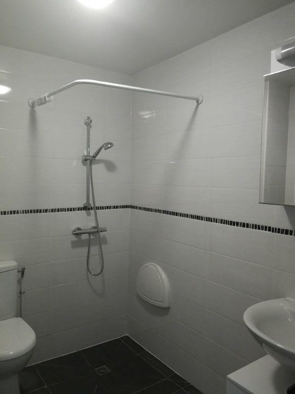 Appartement à louer 2 44m2 à Châtillon vignette-3