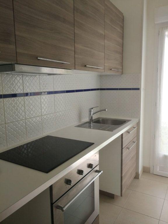 Appartement à louer 2 44m2 à Châtillon vignette-7