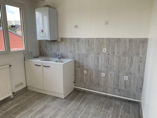 Appartement à louer 2 44.95m2 à Châtillon vignette-5