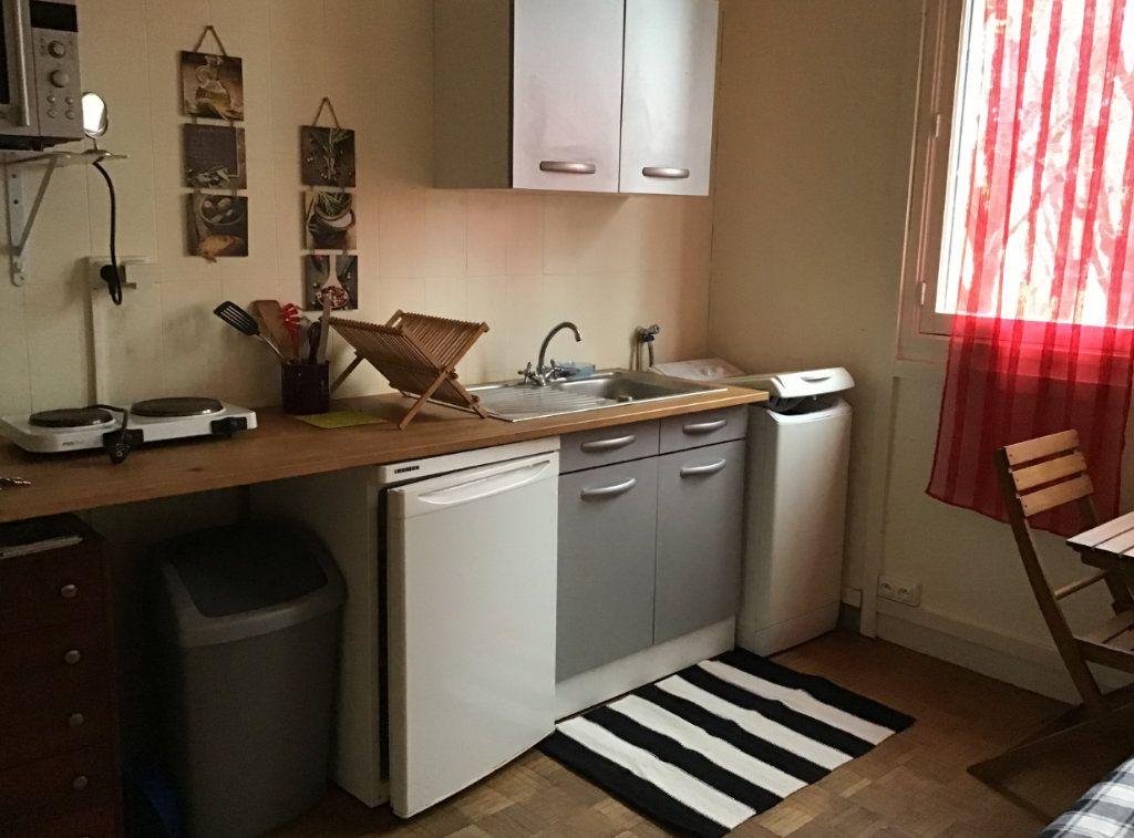 Appartement à louer 1 11.78m2 à Antony vignette-3