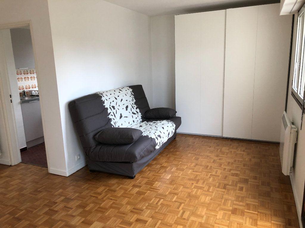 Appartement à louer 1 33.7m2 à Châtenay-Malabry vignette-4
