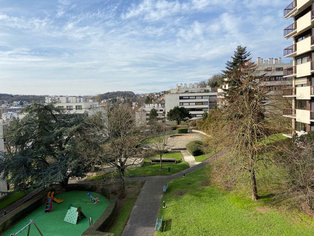 Appartement à vendre 5 106.73m2 à Fontenay-aux-Roses vignette-1