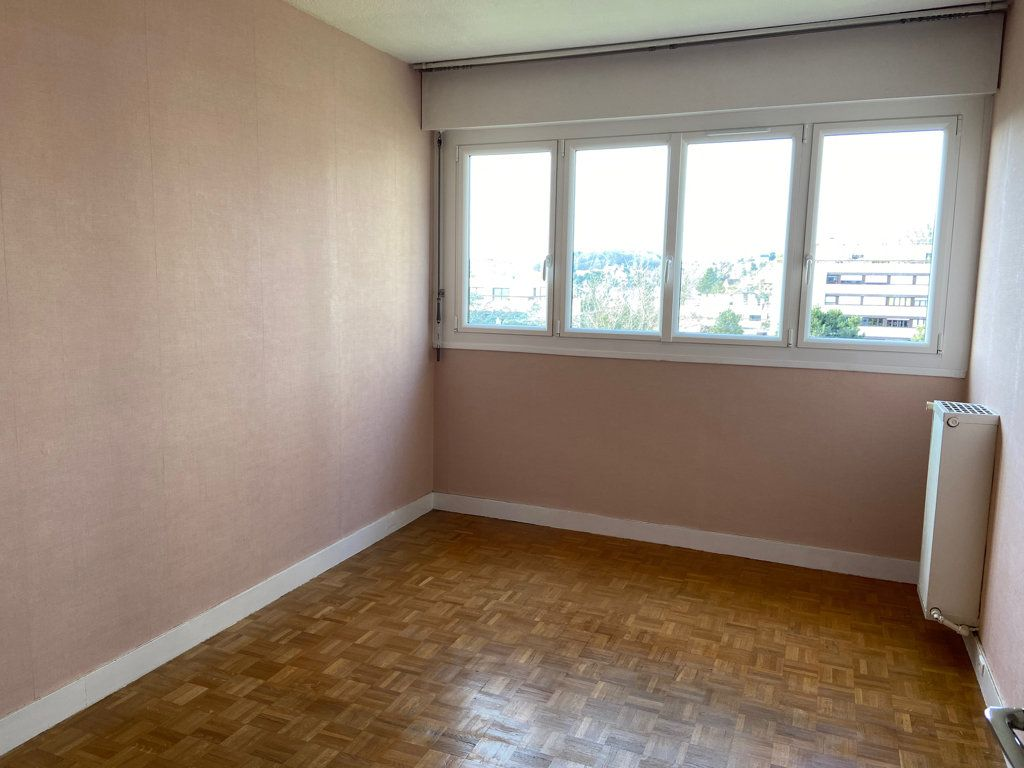 Appartement à vendre 5 106.73m2 à Fontenay-aux-Roses vignette-7