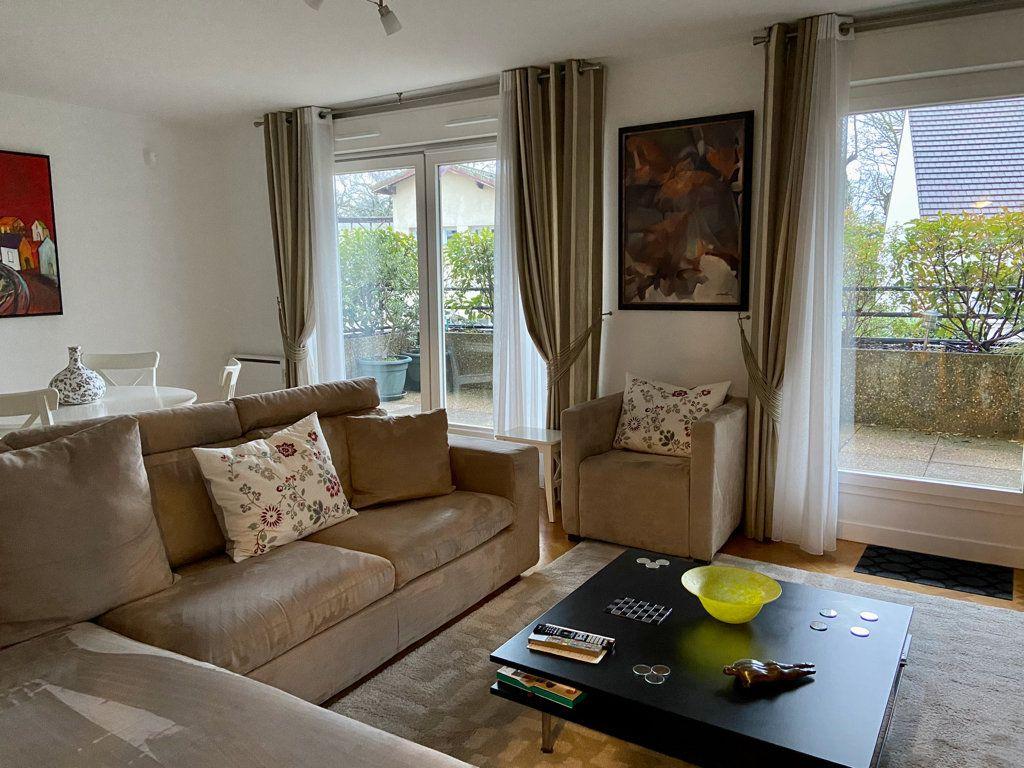 Appartement à vendre 2 59.26m2 à Le Plessis-Robinson vignette-2