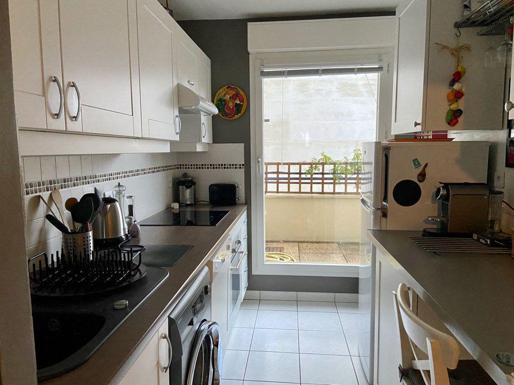 Appartement à vendre 2 59.26m2 à Le Plessis-Robinson vignette-3