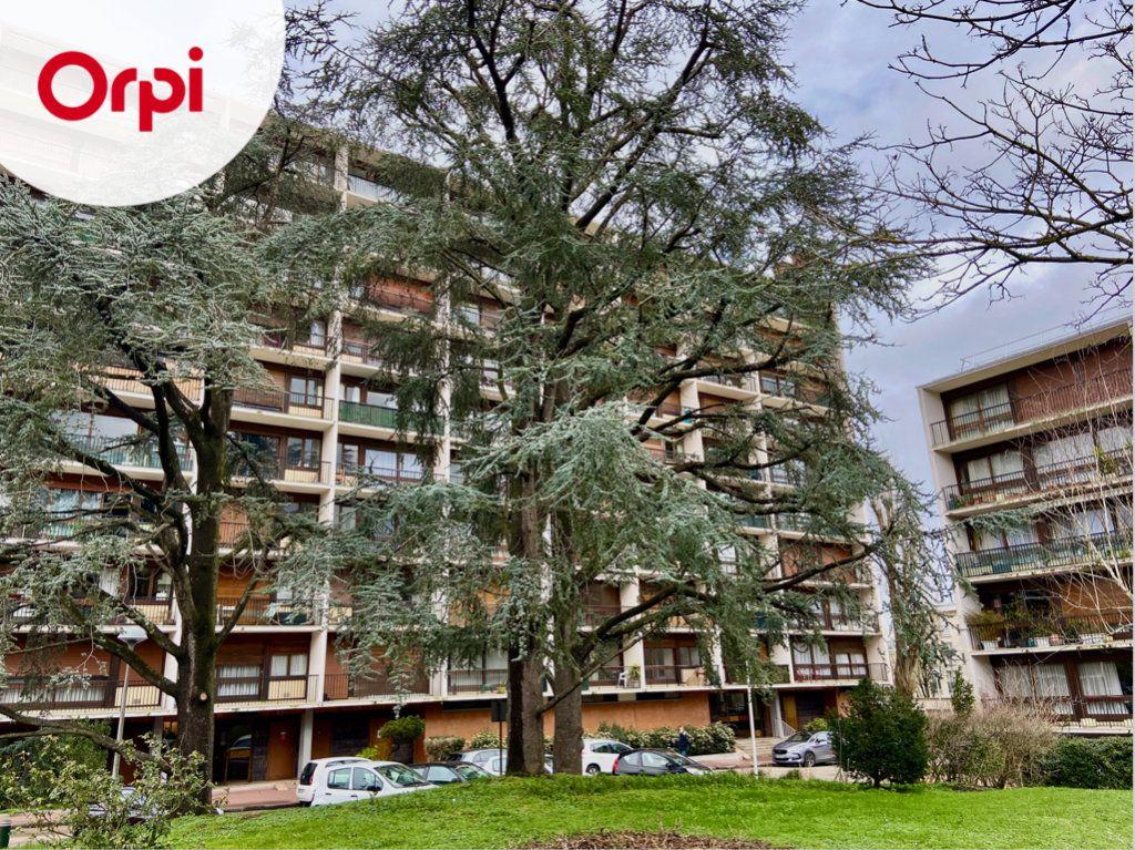 Appartement à vendre 2 43.98m2 à Le Plessis-Robinson vignette-3
