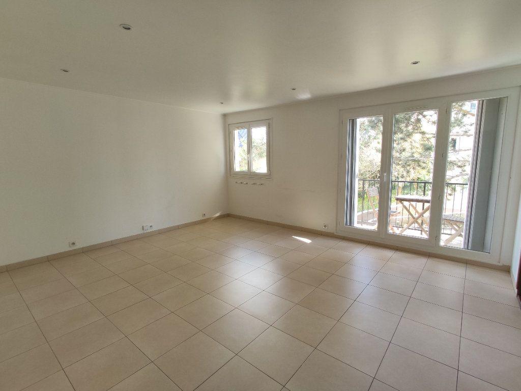 Appartement à vendre 4 76.36m2 à Antony vignette-2