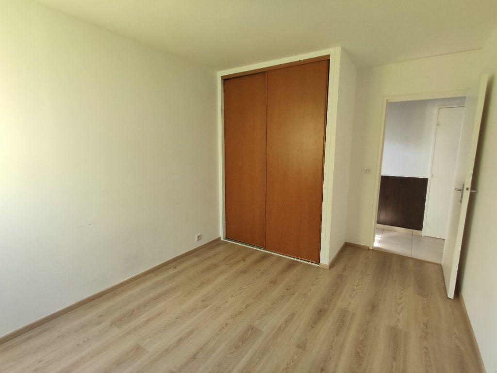 Appartement à vendre 4 76.36m2 à Antony vignette-5