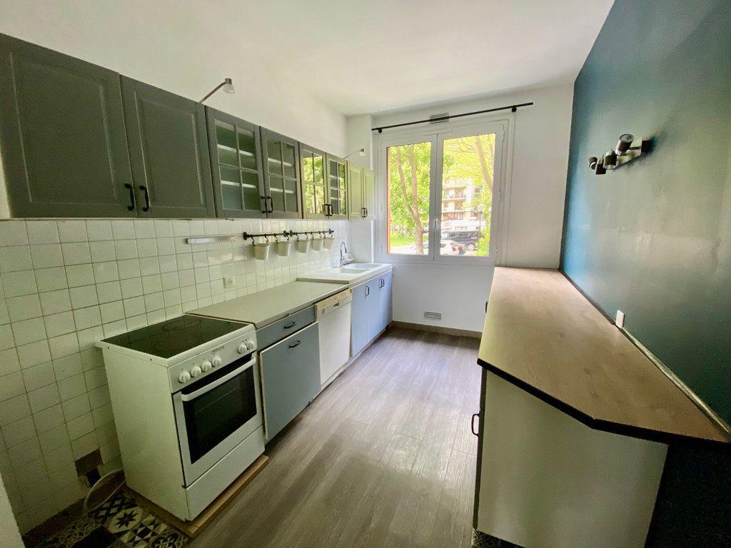 Appartement à vendre 5 107.72m2 à Antony vignette-4