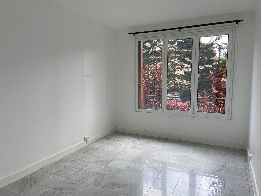 Appartement à vendre 5 107.72m2 à Antony vignette-5