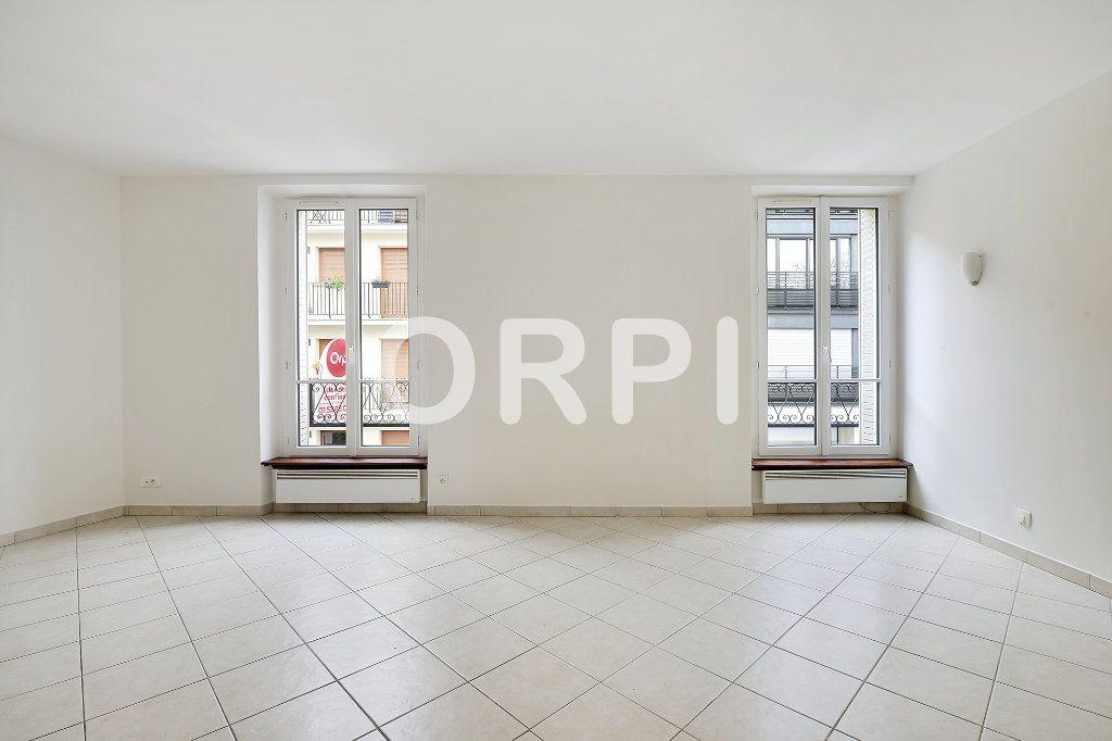 Appartement à vendre 3 48.1m2 à Paris 15 vignette-3