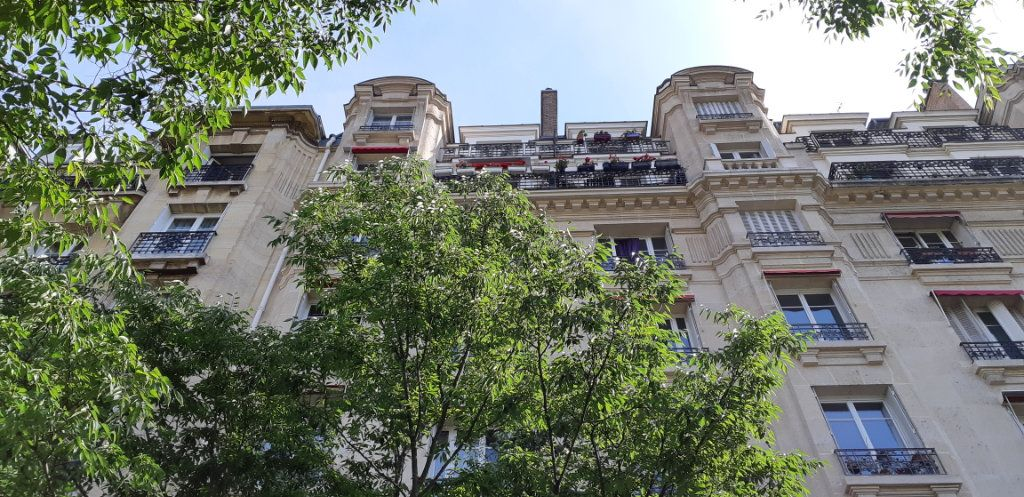 Appartement à vendre 3 55m2 à Paris 15 vignette-1