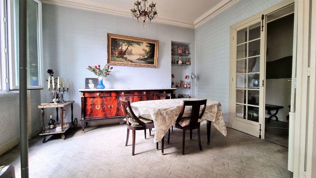 Appartement à vendre 3 55m2 à Paris 15 vignette-3