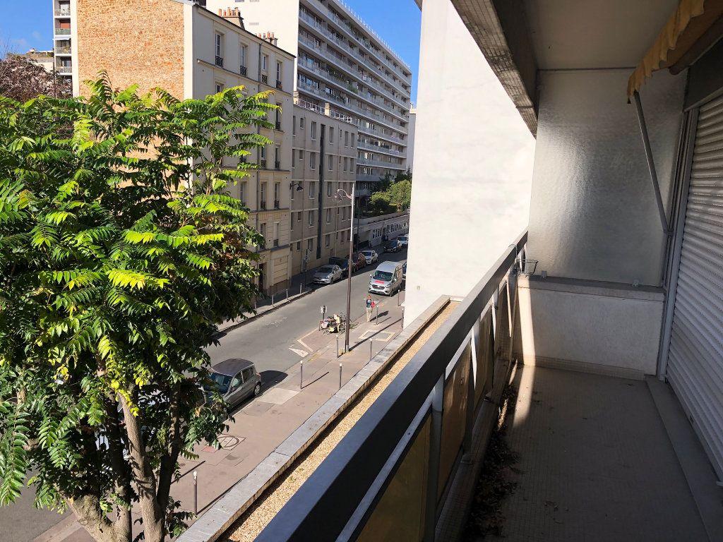 Appartement à vendre 2 59m2 à Paris 15 vignette-2