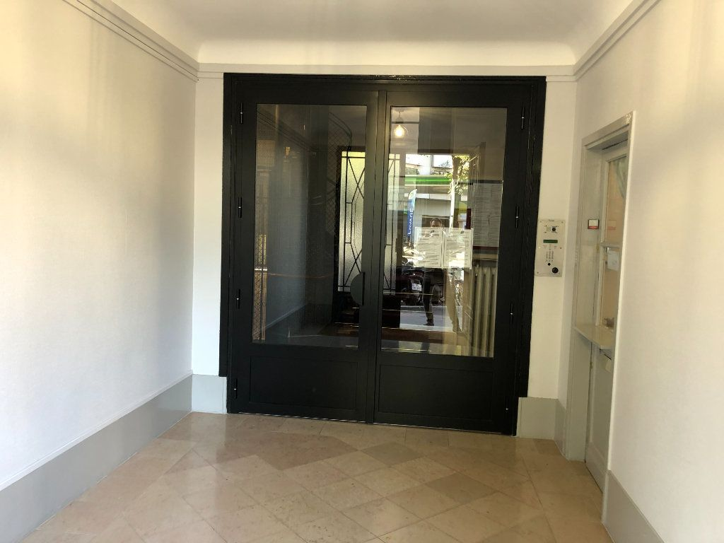 Appartement à vendre 1 18.89m2 à Paris 15 vignette-7