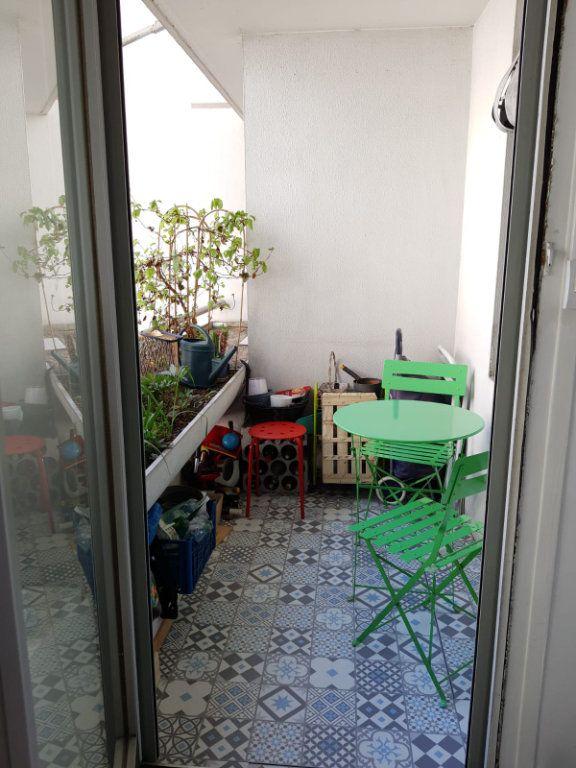 Appartement à vendre 3 67m2 à Paris 15 vignette-7