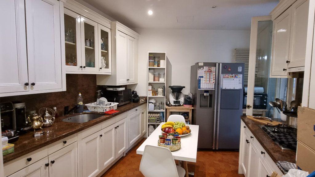 Appartement à vendre 6 145m2 à Paris 16 vignette-4
