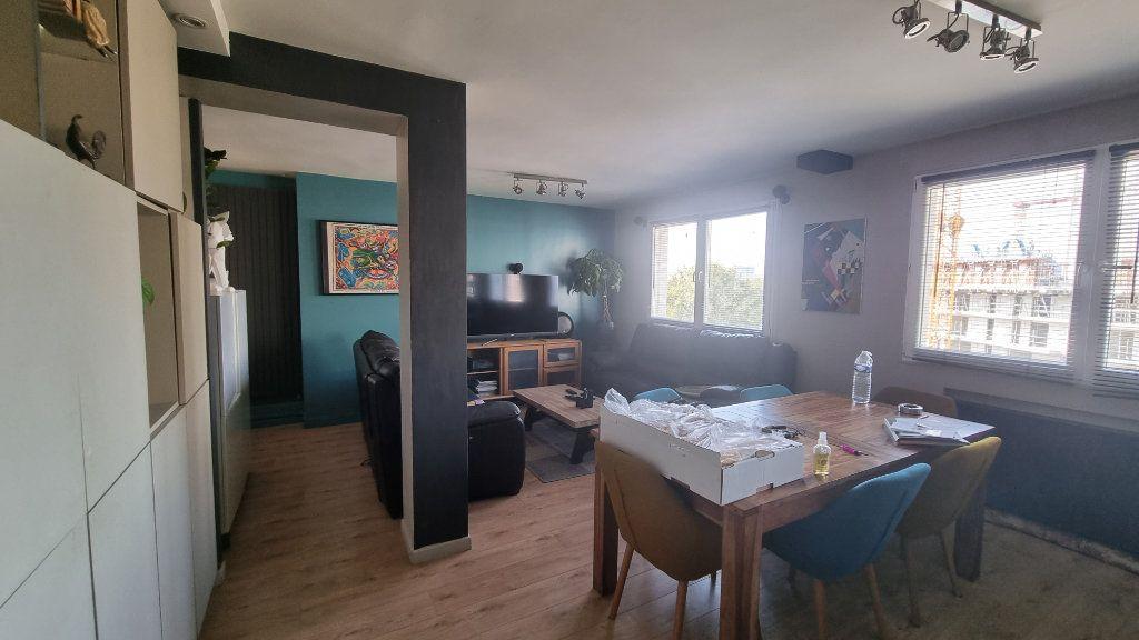 Appartement à vendre 4 82m2 à Issy-les-Moulineaux vignette-2