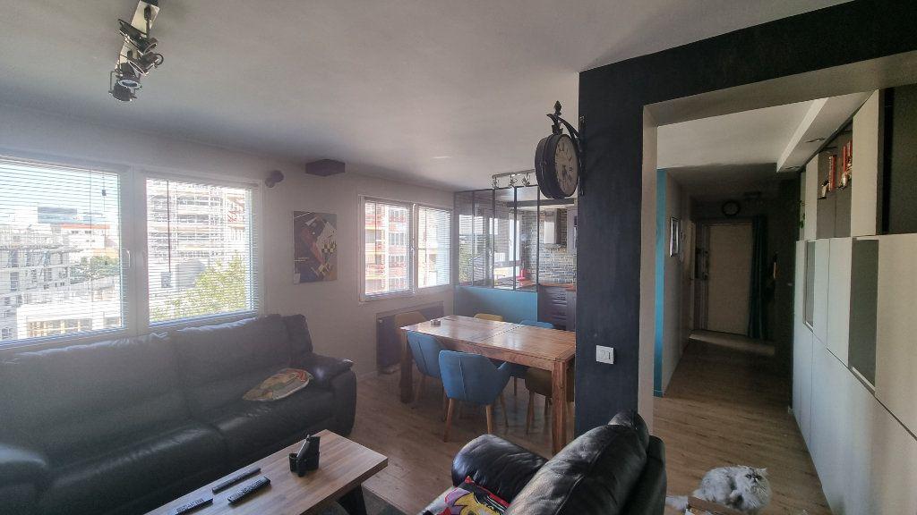 Appartement à vendre 4 82m2 à Issy-les-Moulineaux vignette-4