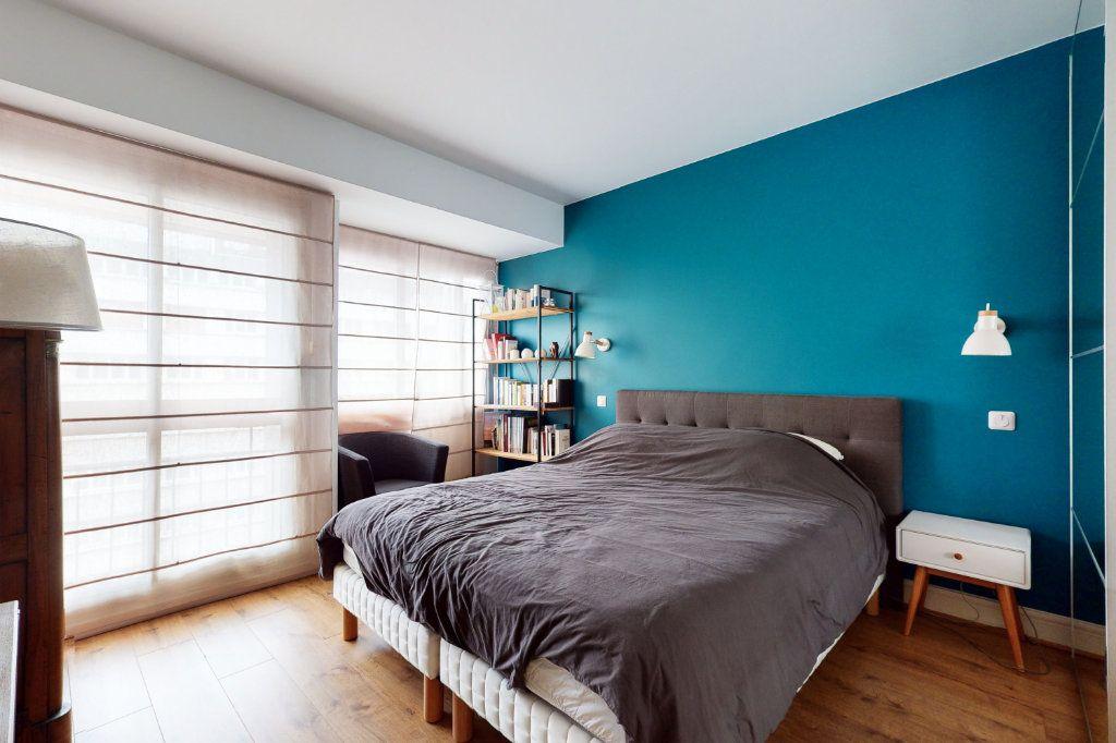 Appartement à vendre 3 71m2 à Paris 15 vignette-6