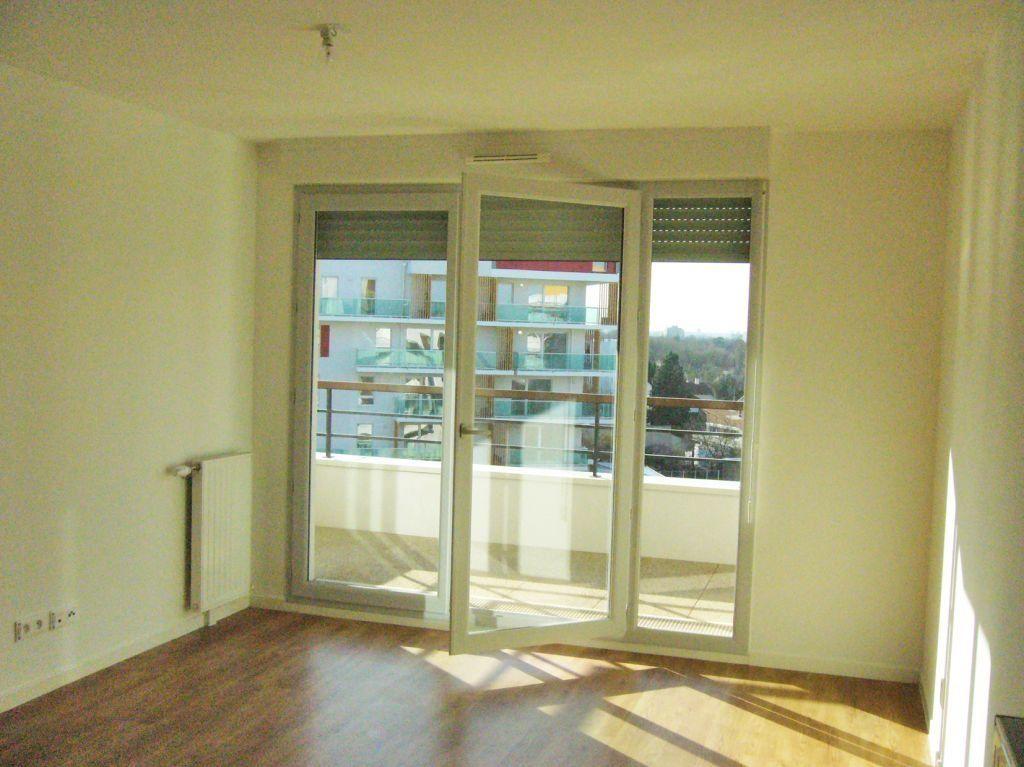 Appartement à louer 3 56.25m2 à Limeil-Brévannes vignette-1