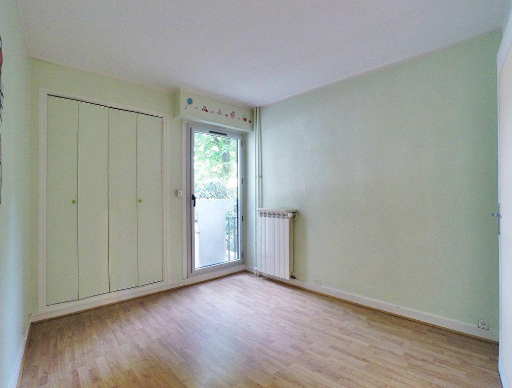 Appartement à louer 3 64m2 à Sucy-en-Brie vignette-5
