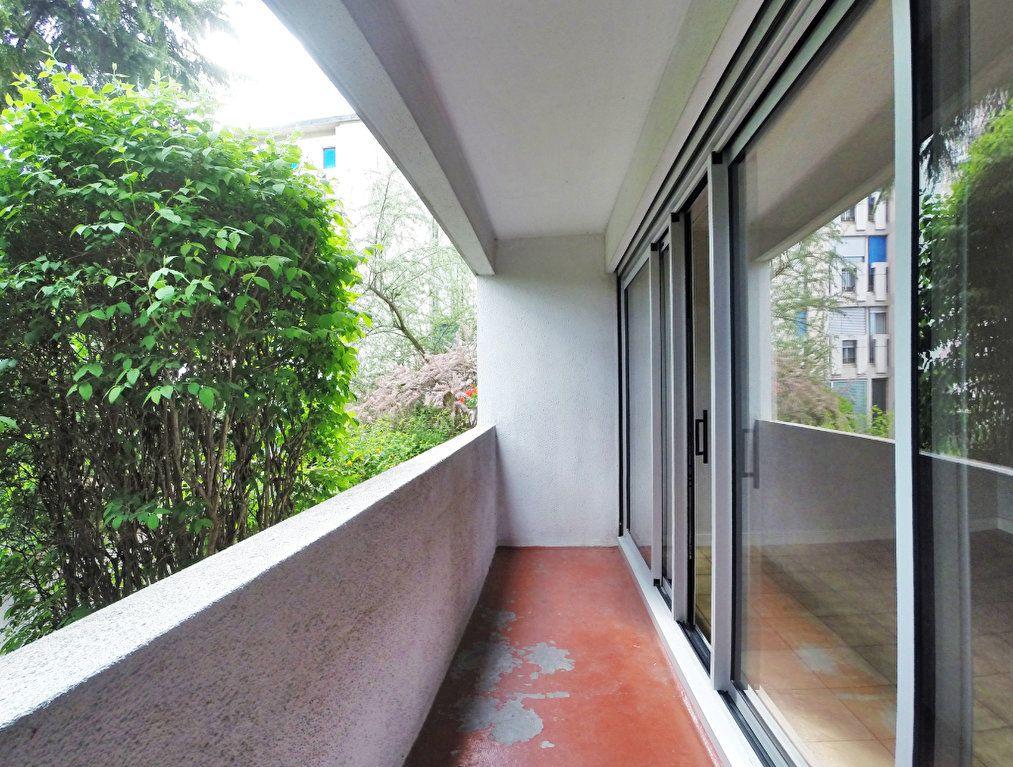 Appartement à louer 3 64m2 à Sucy-en-Brie vignette-6