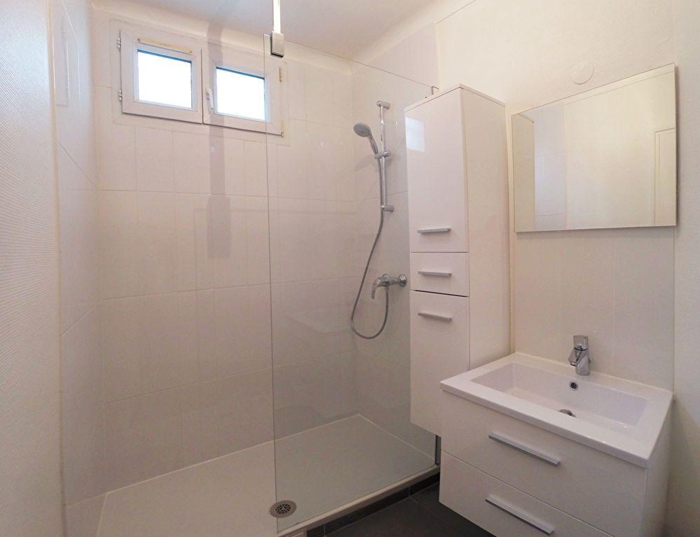 Appartement à louer 3 77.84m2 à Sucy-en-Brie vignette-3