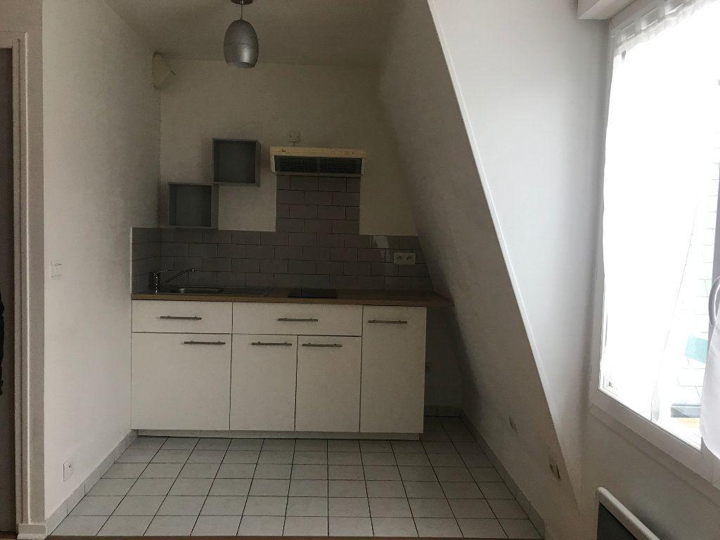 Appartement à louer 1 24.08m2 à Boissy-Saint-Léger vignette-2