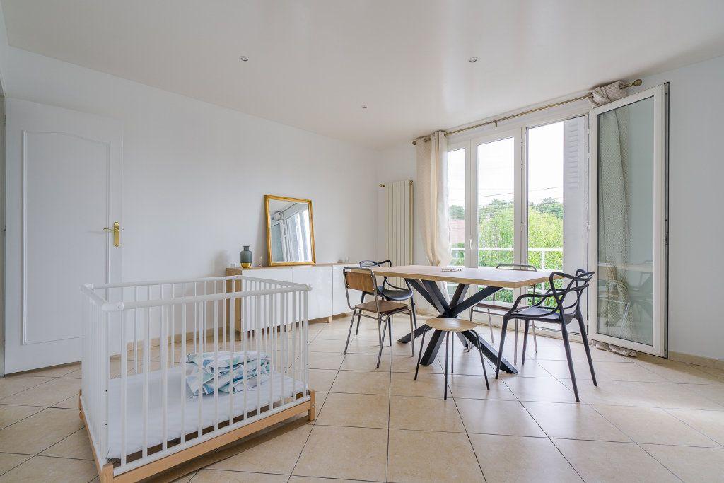 Maison à vendre 6 135m2 à Sucy-en-Brie vignette-3