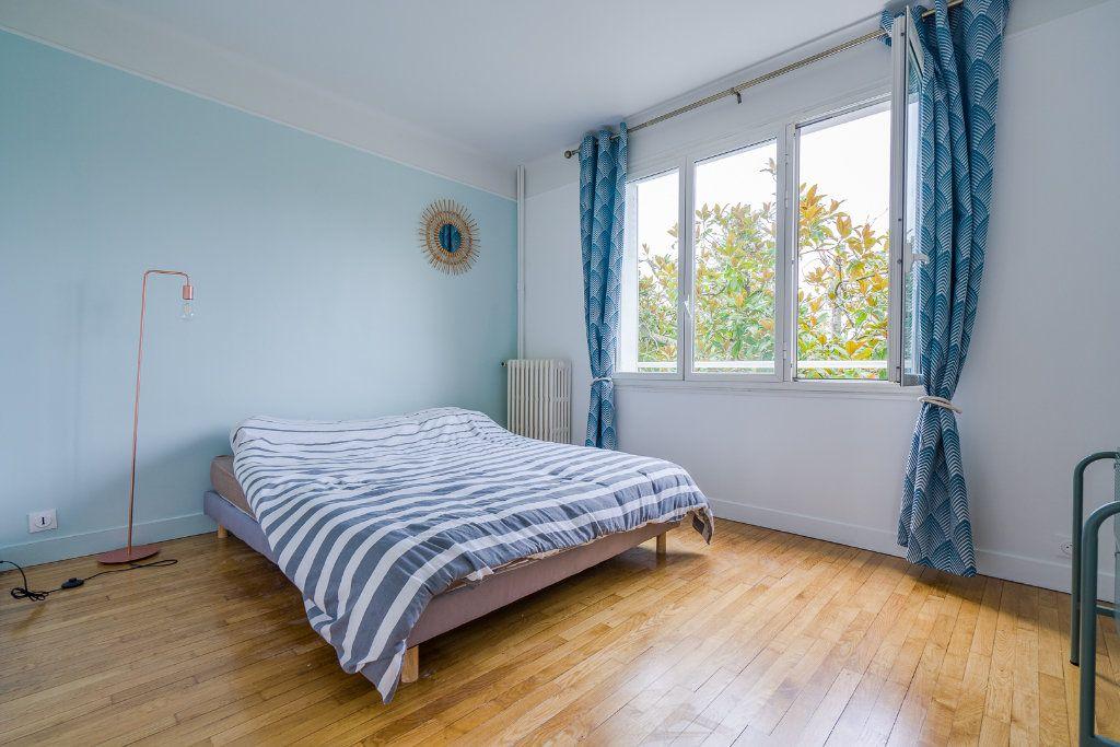 Maison à vendre 6 135m2 à Sucy-en-Brie vignette-6