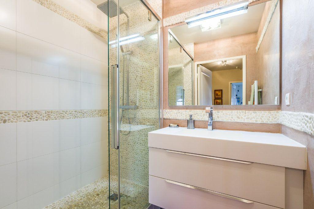 Appartement à vendre 5 114m2 à Sucy-en-Brie vignette-8