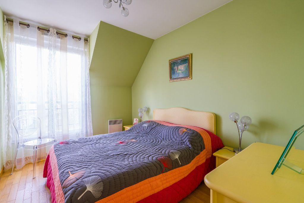 Appartement à vendre 5 114m2 à Sucy-en-Brie vignette-11