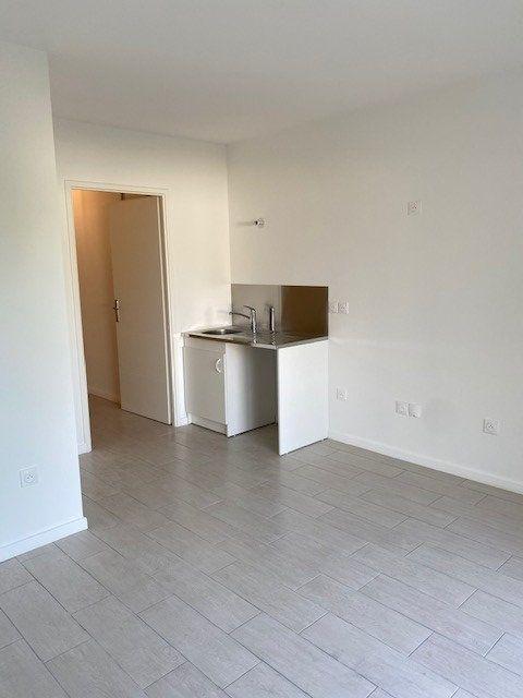 Appartement à louer 1 25.27m2 à Boissy-Saint-Léger vignette-2