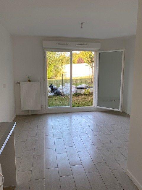 Appartement à louer 1 25.27m2 à Boissy-Saint-Léger vignette-3